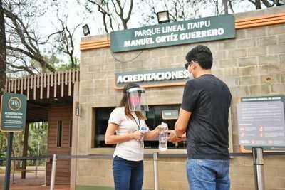 Más de 1.000 personas ingresaron al Parque Lineal de CDE, tras su reapertura