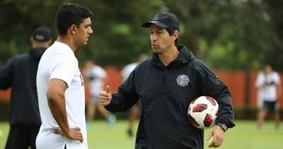 """HOY / La directiva de Olimpia piensa """"respetar"""" el contrato de Garnero"""