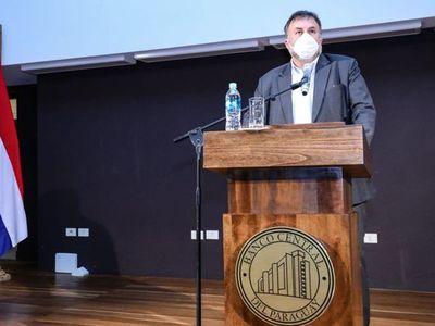 """Benigno dice que """"se distribuye lo que hay"""" tras roce con Petta por PGN 2021"""