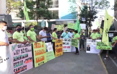 Manifestación de docentes y estudiantes en repudio al recorte presupuestario a Educación
