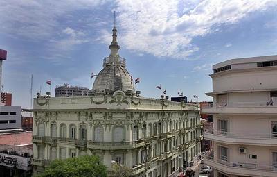 Hacienda propuso tres proyectos de asistencia a sectores afectados por la pandemia