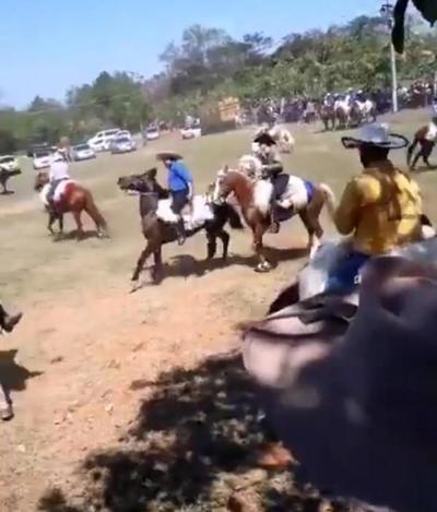 Fiesta patronal sin modo COVID en Caraguatay: Comisaría presentará informe a la Fiscalía zonal