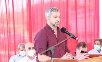 Presidente pide acompañar esfuerzo del personal de salud