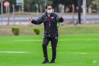 Tras derrota en Venezuela, Ramón Díaz dejó de ser entrenador de Libertad