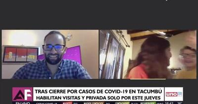 """""""¡Por fin aparezco en la tele!"""" expresó el pequeño de la Ministra Cecilia Pérez"""