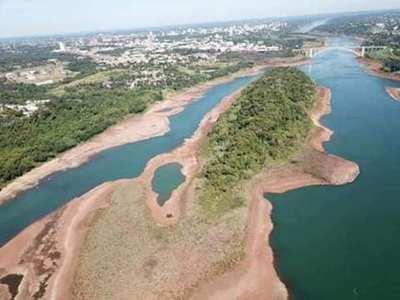 Bajante de ríos afecta a todos: buques ya no llegan a capital, golpea a Essap y Ande
