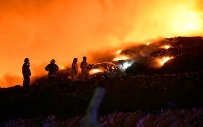 Una vez más, se incendia Cateura