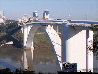 Brasil cierra fronteras 30 días más y CDE pide insistir con reapertura