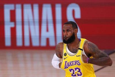 Los Lakers están a un triunfo de las finales de la NBA