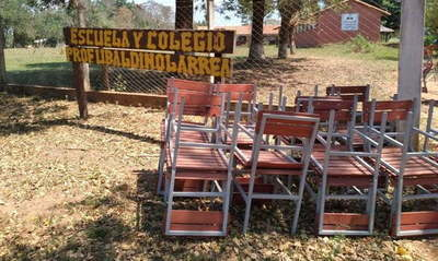 Gobernación entregó muebles a instituciones educativas