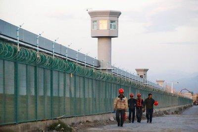 Estudio revela que China cuenta con 380 campos de concentración
