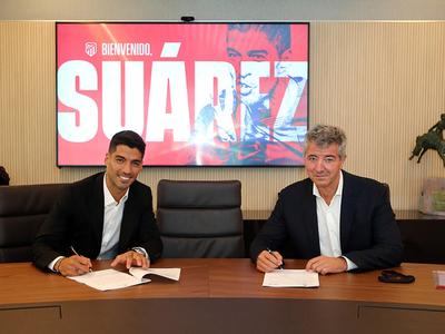 Luis Suárez es oficialmente del Atlético de Madrid