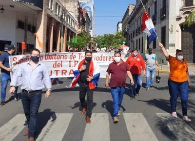 Gremios de IPS anuncian huelga en caso de no tener respuestas al pedido de pago de gratificación por COVID