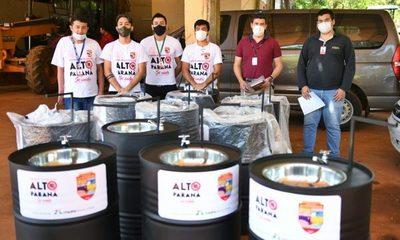 """Entregan lavamanos a la Gobernación para la campaña """"Alto Paraná se Cuida"""""""