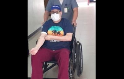Dan de alta a Payo Cubas tras intervención quirúrgica