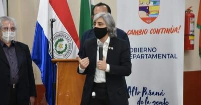 """La Nación / Linda Taigen: """"Gobierno no analizó nunca el decreto de Brasil sobre tráfico fronterizo"""""""