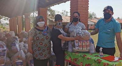 Municipalidad entrega kits de alimentos a escuelas