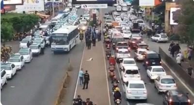 """Taxistas de Ciudad del Este: """"Nos sentimos engañados y manipulados por el Gobierno"""""""