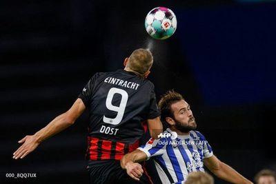 Eintracht gana en visita al Hertha