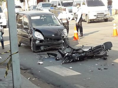 Motociclista fallece en accidente en zona centro de San Lorenzo