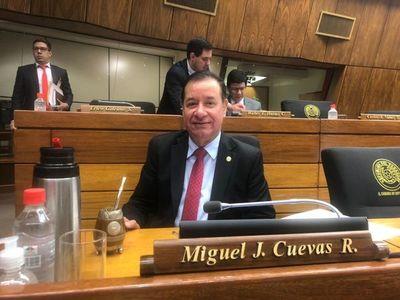 Miguel Cuevas anunció que pedirá retomar su banca en Diputados