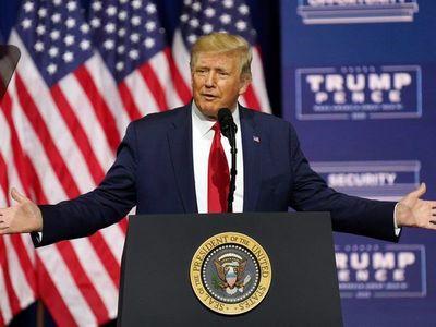 Trump presenta plan para afroamericanos que declara terrorista a KKK y Antifa