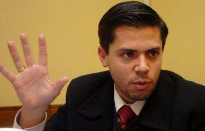 Defensa de Cuevas afirma que con la presentación de una nota, el legislador puede sesionar desde el miércoles