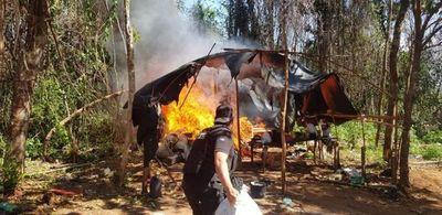 Destruyen campamento con toneladas de marihuana en Caaguazú