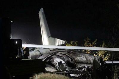 Al menos 22 muertos al estrellarse un avión militar en Ucrania