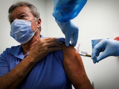 México y América Latina tendrán la vacuna antes, afirma Carlos Slim