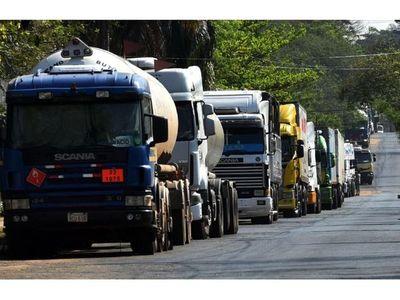 Levantan bloqueo en rutas argentinas y se reanuda exportación