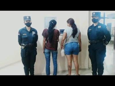 RÁPIDA ACCIÓN POLICIAL DA CON LA APREHENSIÓN DE DOS MUJERES ''DESCUIDISTAS''