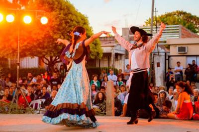 """Realizan taller virtual sobre el """"recorrido musical por el Folclore Argentino"""""""