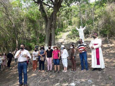 Proyecto de mirador turístico en Fuerte Olimpo, en pleno desarrollo