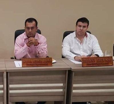 Caazapá: Concejales departamentales de HC, suspendidos sin goce de sueldo