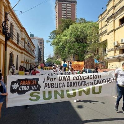 Estudiantes aguardan aprobación en Diputados del Arancel Cero para que rija desde este año