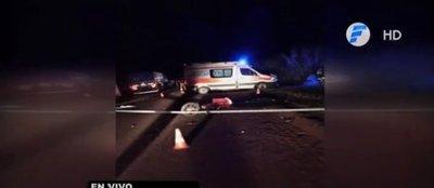 Itapúa: Motociclista fallece tras chocar contra un camión