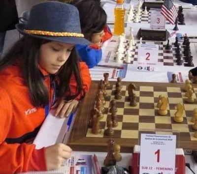 Hélen, campeona del Ladies Chess Sub 14