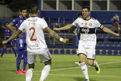 Olimpia golea a Sol de América y ya piensa en Santos