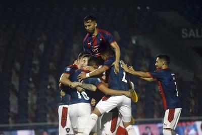 Cerro Porteño es campeón y su título número 33 tiñe de azulgrana el país