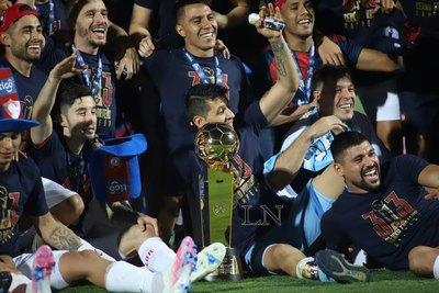 Las felicitaciones de Trovato y Olimpia al campeón