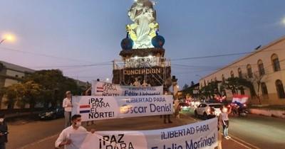 """La Nación / """"Basta de secuestros, devuelvan a Denis"""", claman durante misa celebrada en Concepción"""