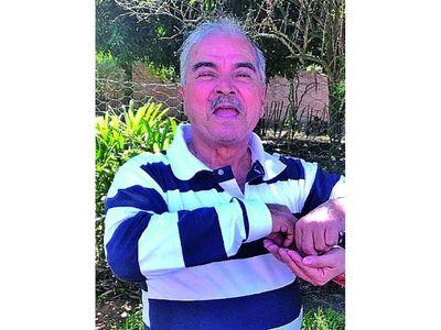 El adiós al músico y poeta Pérez Burgos
