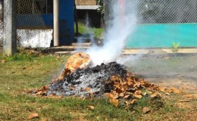 """""""Se les paga al pedo"""" a quienes deben multar a quemadores de basura"""
