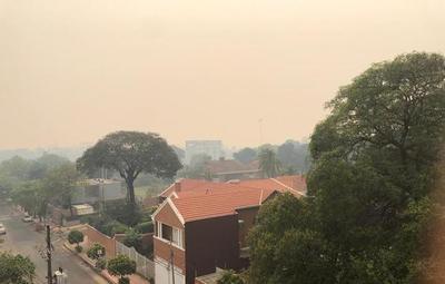 Incendios azotan al país y provocan un ambiente insalubre