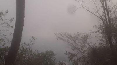 Unos 1.700 focos de incendio llenan de humo el país y bomberos están sobrepasados