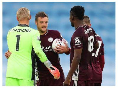 El Leicester y Vardy asaltan al City en el Ettihad