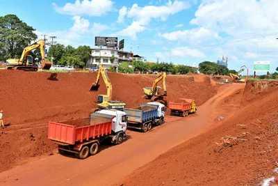Obras del Km 7, avanzan y descontrol en el transito castiga a la CIUDADANIA
