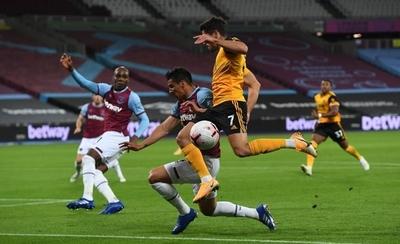 HOY / West Ham, con Balbuena, cosecha su primer triunfo en la Premier