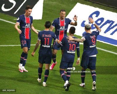 Icardi permite al París SG seguir su escalada en la Ligue 1
